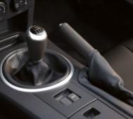 Vì sao xe hơi số tự động lên ngôi, số sàn bị ruồng bỏ
