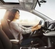Những vật dụng tuyệt đối không nên để trong xe ô tô
